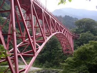 宇奈月温泉の鉄橋